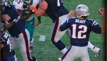 Patriots Dolphins Vegas Lines, Picks & Week 1 NFL Betting Preview